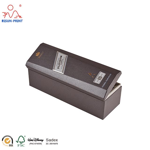 酒盒包装厂家制作酒盒包装选材料很重要-济南尚邦佳品包装制品有限公司